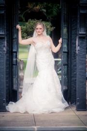 pleasantdale_chateau_1047_Bride_portrait